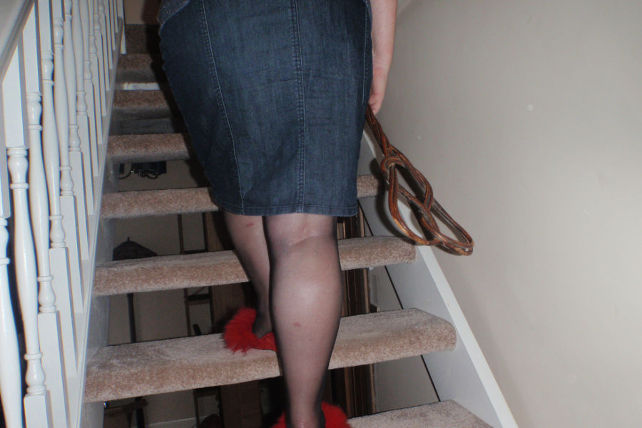 Ms Kay - Carpetbeater upstairs